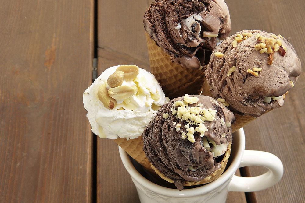 photo of ice cream cones in a mug