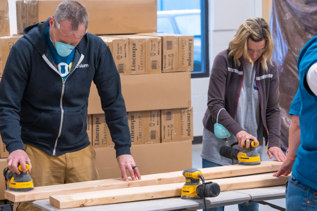 Scentsy employees volunteering