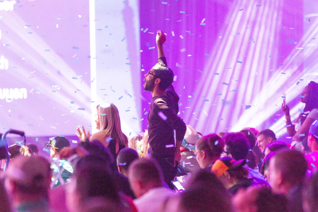 Man cheering in the crowd at Scentsy Family Reunion 2019